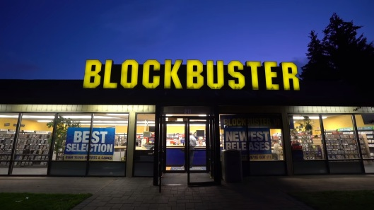 check-out-how-the-nations-last-blockbuster-operates-in-2018-social